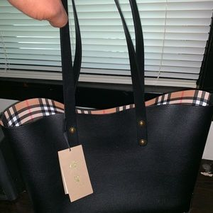 100% Authentic New Burberry Tote
